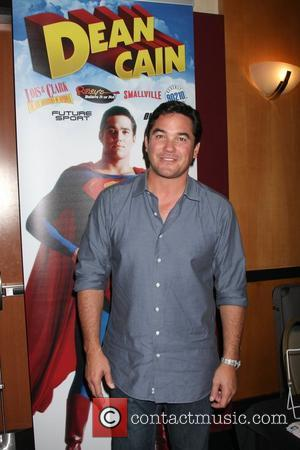 Dean Cain at the 'Hollywood Show' held at Burbank Marriott convention center  Los Angeles, California - 04.08.12