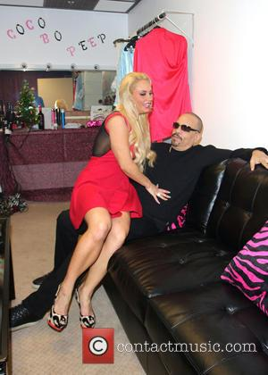 Ice T; Coco Ice T and wife Coco spend time together backstage before Coco's meet and greet with fans ahead...