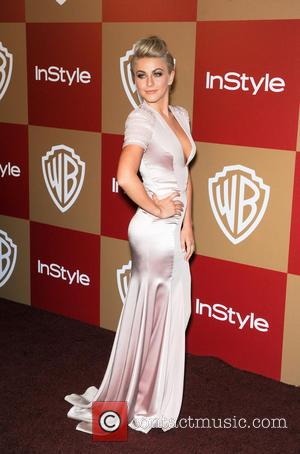 Julianne Hough Rips Dress At Golden Globes Afterparty