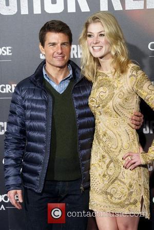 Tom Cruise and Rosamund Pike