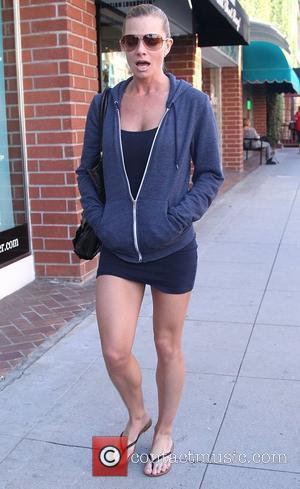 Jaime Pressly visits a medical building in Beverly Hills Los Angeles, California - 09.03.12