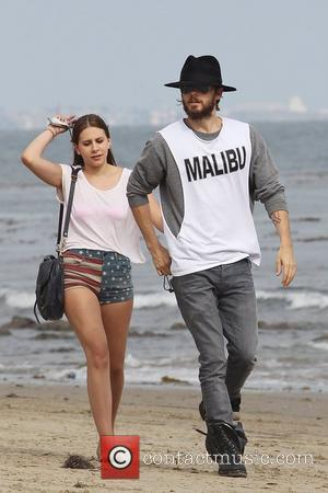 Jared Leto and friends walk on the beach in Malibu on the 4th of July Los Angeles, California - 04.07.12