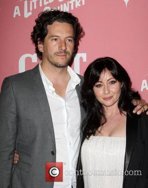 Shannen Doherty: 'Burger To Blame For Baby Bump Buzz'