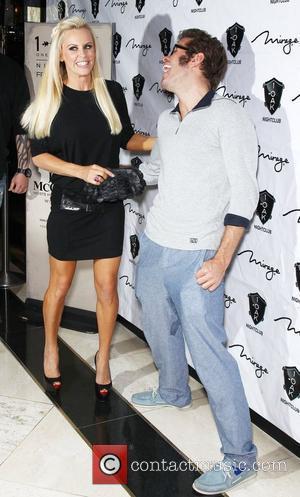 Jenny Mccarthy Parties In Vegas Following Love Split