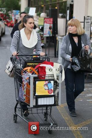 Jessica Alba  and her Mother grocery shopping at Ralphs in Beverly Hills Los Angeles, California - 23.12.11