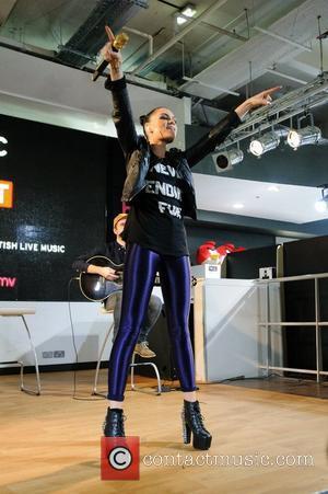 Jessie J and Hmv Oxford Street