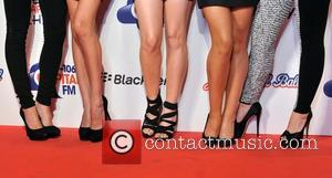 Sarah Harding, Nadine Coyle, Nicola Roberts, Cheryl Cole, Kimberly Walsh and Girls Aloud