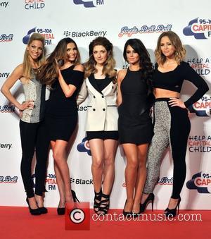 Sarah Harding, Nadine Coyle, Nicola Roberts, Cheryl Cole, Kimberly Walsh and Girls Aloud