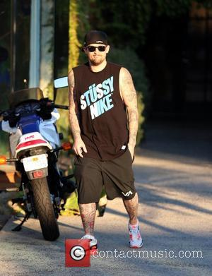 Joel Madden  Smiling as he exits Andy Lecompte salon in Beverly Hills. Los Angeles, California - 30.10.12