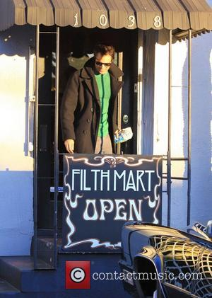 Johnny Knoxville buys some clothes at Filth Mart Los Angeles, California - 22.12.11