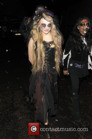 PICTURES: Stars Come Out For Jonathan Ross' Halloween Bash