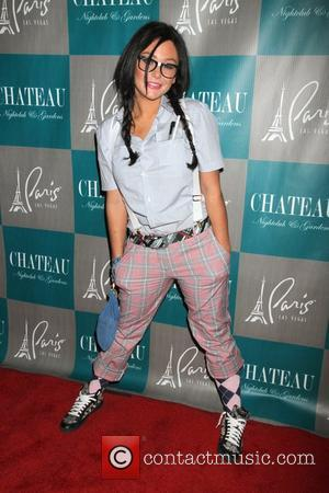 Jenni Jwoww Farley, Halloween, Chateau Nightclub, Gardens, Paris and Las Vegas