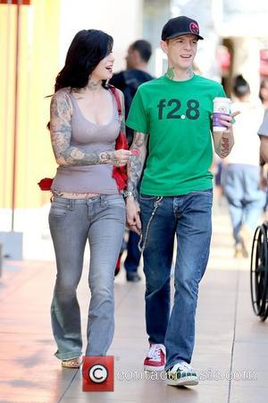 Kat Von D and deadmau5 aka Joel Thomas Zimmerman Kat Von D holding hands with her boyfriend while shopping at...