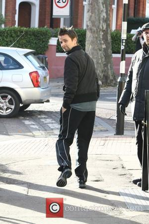 Matt Bellamy heading to the gym in north London London, England - 30.11.11