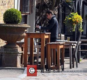 Jamie Hince  enjoying the sunshine in North London London, England - 21.03.12