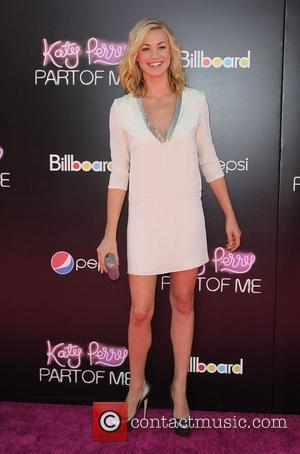 Yvonne Strahovski Los Angeles premiere of 'Katy Perry : Part of Me' held at The Grauman's Chinese Theatre - Arrivals...