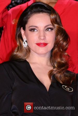 Kelly Brook Signs On For Risque Crazy Horse Cabaret Show