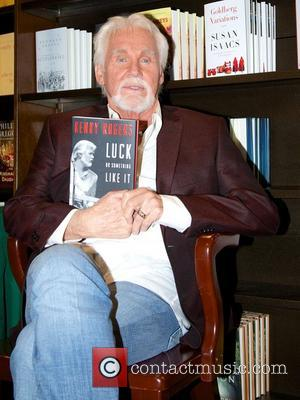 Kenny Rogers Planning To Quit Touring Outside Of U.s.