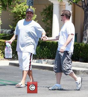 Kevin Federline goes shopping for Evian bottled water and fat free Nestle's Coffee Mate Los Angeles, California - 01.08.12