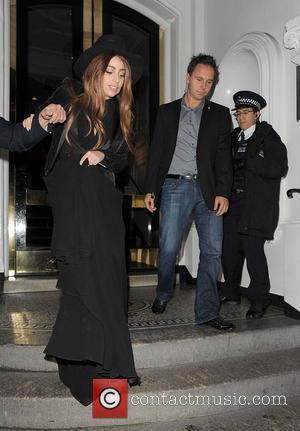 Lady Gaga, The Ecuadorian Embassy, Wikileak and Julian Assange. Gaga