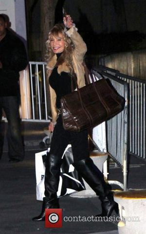 Dyan Cannon Celebrities arrive at the Staples Center for the Los Angeles Lakers v Dallas game Los Angeles, California -...