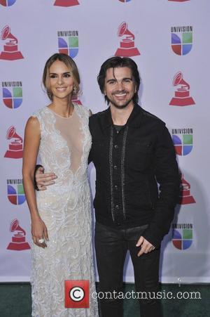 Juanes And Juan Luis Guerra Donate Concert Proceeds To Hurricane Sandy Relief