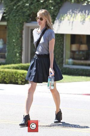 Actress Leslie Bibb is seen leaving an antique shop on La Cienega Boulevard Los Angeles, California - 28.08.12