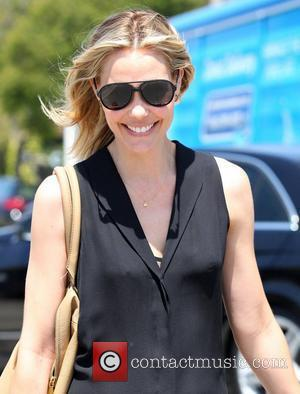 Leslie Bibb leaves a gifting suite in Beverly Hills Los Angeles, California - 14.06.12
