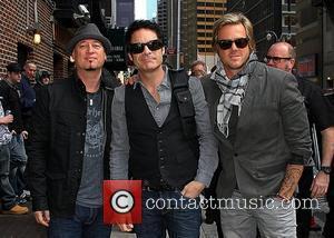 Train, Christina Aguilera & Michael Buble Get Festive For Charity Album