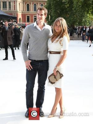 Kim Sears and Andy Murray London Fashion Week Spring/Summer 2013 - Burberry - Arrivals London, England - 17.09.12