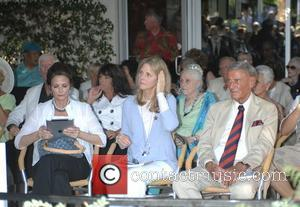 Linda Carter, Lindsay Wagner and Robert Anderson Lindsay Wagner Palm Springs Walk of Stars ceremony held at Cafe Europa and...