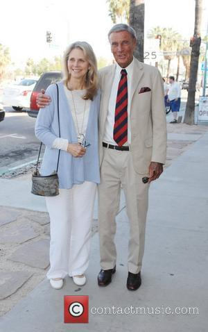 Lindsay Wagner and Richard Anderson Lindsay Wagner Palm Springs Walk of Stars ceremony held at Cafe Europa and The Corridor...