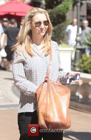 Lisa Kudrow out shopping and going to see a movie at The Grove  Los Angeles, California - 27.08.12