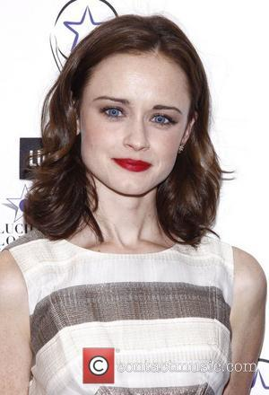 Alexis Bledel And Vincent Kartheiser Impose 10-Day Relationship Rule