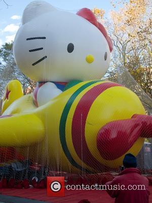 Sneak Peek! New York Prepares For Macy's Thanksgiving Day Parade