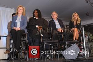 Meryl Streep, Kelly Ripa, Robert De Niro and Whoopi Goldberg