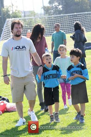 Rhea Durham, Ella Wahlberg, Michael Wahlberg and Mark Wahlberg