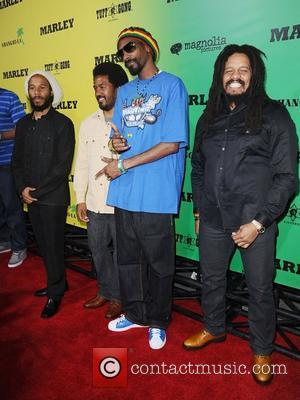 Ziggy Marley, Rohan Marley and Snoop Dogg