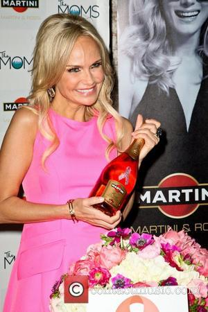 Kristin Chenoweth Cracked Three Teeth During The Good Wife Accident