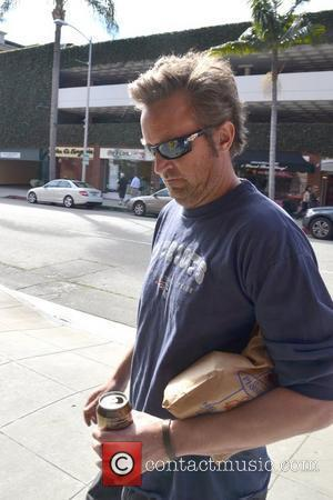 Matthew Perry leaving a Pharmacy in Beverly Hills Los Angeles, California - 30.01.12