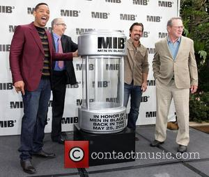 Will Smith, Barry Sonnenfeld, Josh Brolin and Tommy Lee Jones