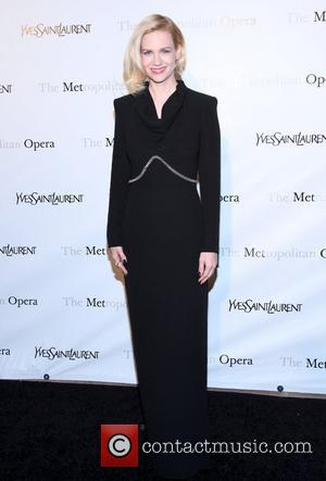 January Jones Ate Her Placenta And Cared For Child On Set