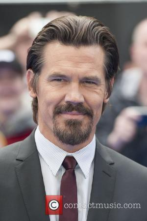 Josh Brolin Locked Himself In Hotel Room To Study Tommy Lee Jones