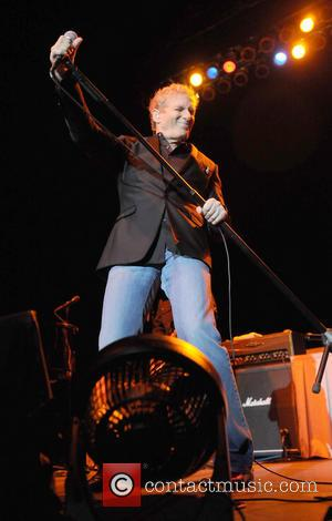 Pictures: Michael Bolton Stops At Florida On U.S. Tour