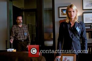 Mandy Patinkin, Clare Danes  Homeland (Showtime Networks) TV Series   Season 1  Episode 9: Crossfire November 27,...