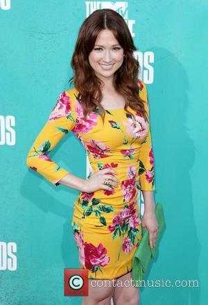 Ellie Kemper Marries 'Conan' Writer Michael Koman