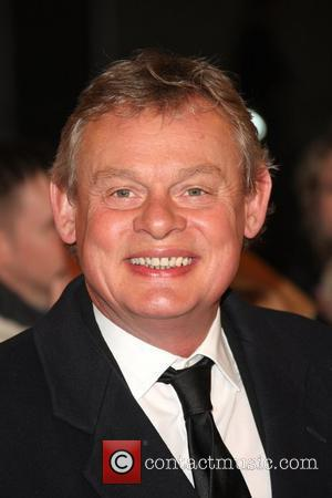 Churchill Insurance - Rude For Dropping Martin Clunes Or Did They Do The Right Thing?