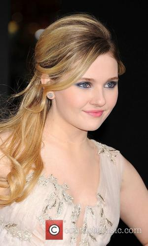 Abigail Breslin and Grauman's Chinese Theatre