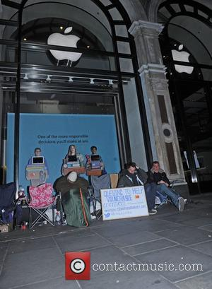 Student, 22, Wins Huge Prize For 25th Billion iTunes Download