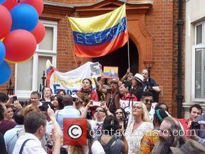 Lady Gaga Visits Julian Assange In London